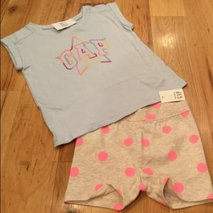 Gap Girl Star Gap Logo Shirt & polka Dot Shorts
